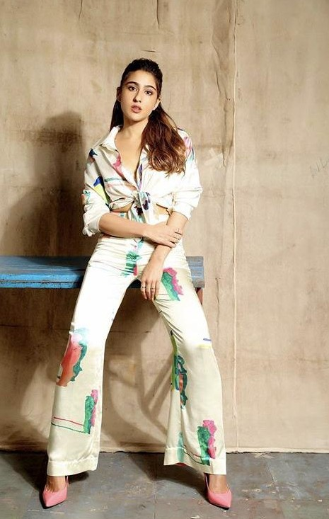 Yay or nay? Sara Ali Khan wearing an H&M outfit at the promotions of Loveaajkal 2 - SeenIt