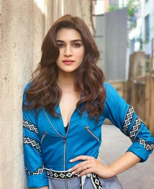 looking for similar outfit which kriti sanon is wearing - SeenIt