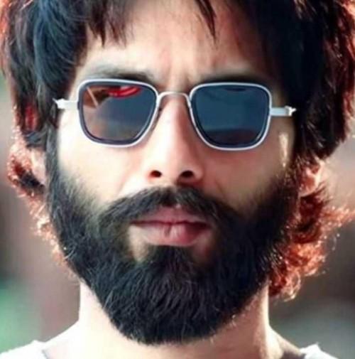 I m looking similar sunglasses shahid kapoor wearing kabir singh - SeenIt