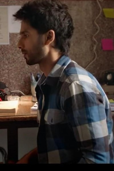 I'm looking for a similar shirt which shahid kapoor is wearing  - SeenIt