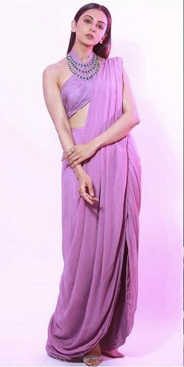 Yay or nay? Rakul Preet attends the Zee cine awards 2020 held in Mumbai - SeenIt