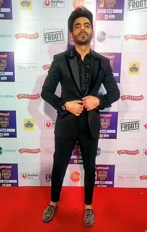 Yay or nay? Aparshakti Khurrana attends the Zee cine awards 2020 held in Mumbai - SeenIt