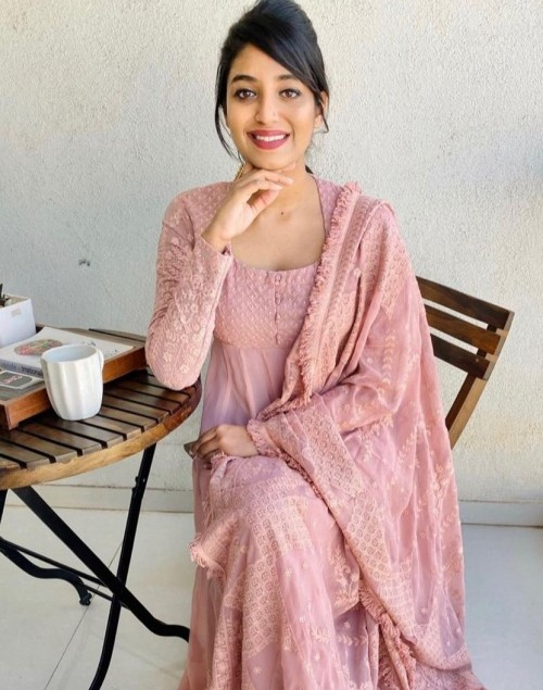 I'm looking for a similar mauve pink suit - SeenIt