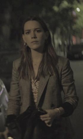 Love Quinn's blazer please - SeenIt