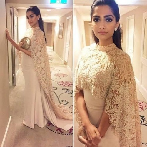 Looking for this wonderful dress worn by soonam Kapoor - SeenIt