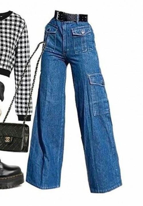 I'm looking for a similar pair of (blue) jeans - SeenIt