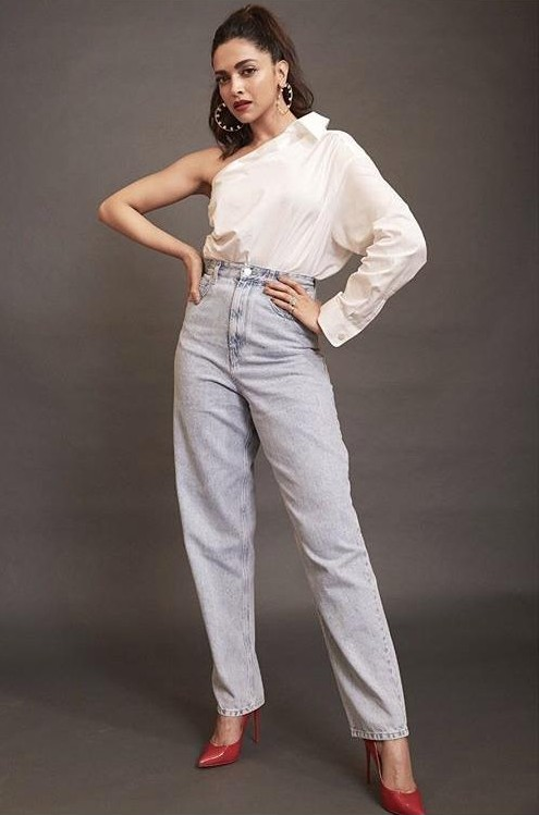 Help me find a similar outfit please - SeenIt