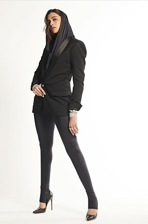 Looking for a similar blazer online - SeenIt
