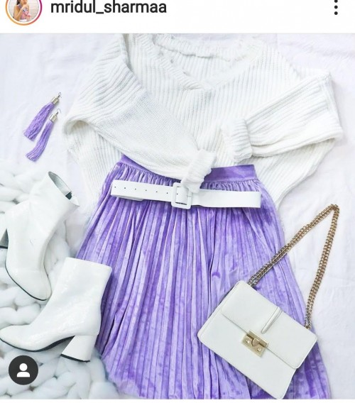 same outfit,bag, shoes,belt, earrings ♥️👀🦄🐬💋❤️ - SeenIt