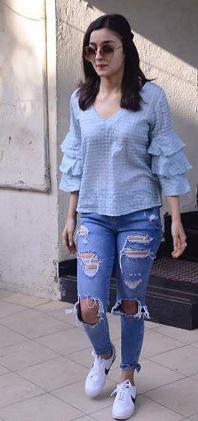 Where can I find this outfit which alia bhatt is wearing - SeenIt