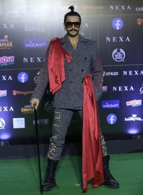 Yay or nay? Ranveer Singh spotted wearing a grey double breasted jacket with red stole attire - SeenIt