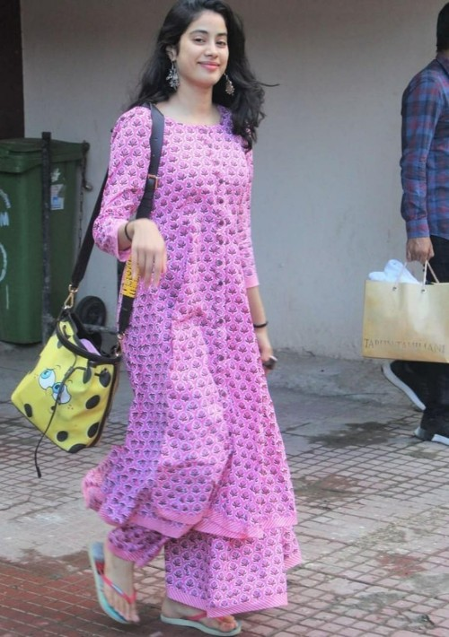 I'm looking for this lavender suit which jahnvi kapoor is wearing - SeenIt