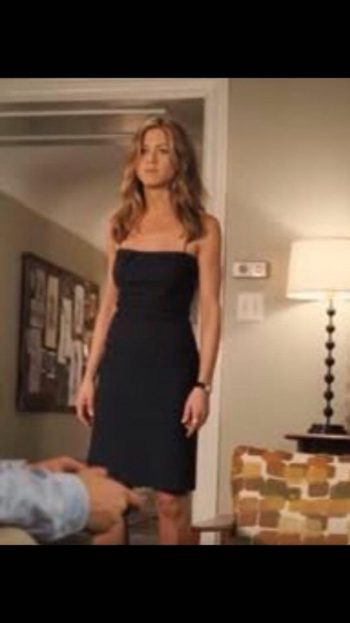 Want a similar dress to the one worn by jennifer aniston in 'the break-up' please - SeenIt