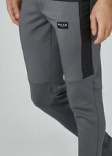 Looking for similar pants - SeenIt
