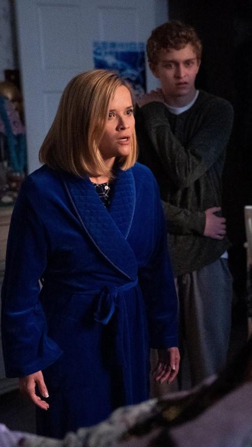 A similar blue night robe please - SeenIt