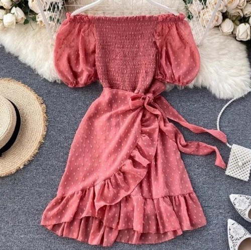 i m looking for this dress plz find it out for me - SeenIt