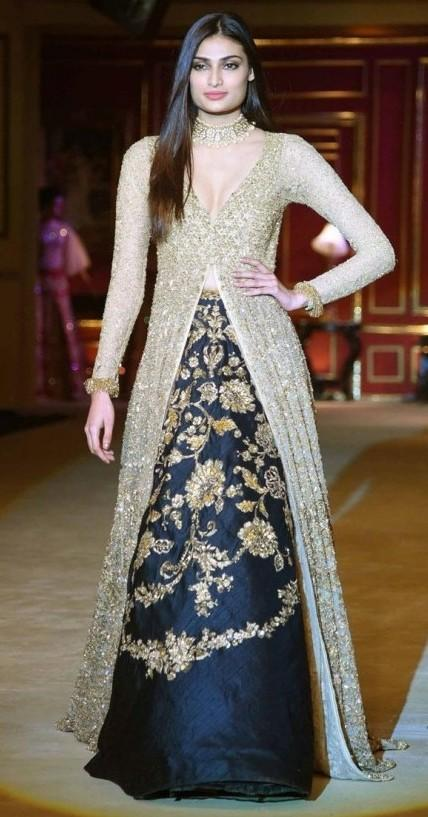 I m looking for this same dress - SeenIt