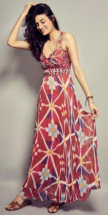 Help me find a similar dress like Athiya Shetty is seen wearing - SeenIt