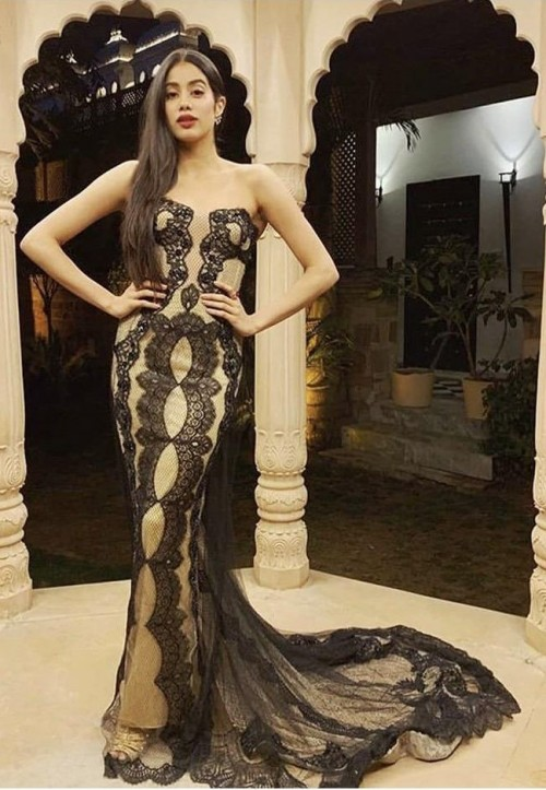 Yay or nay? Jhanvi Kapoor seen wearing a Reemacra gown in Udaipur at an event - SeenIt