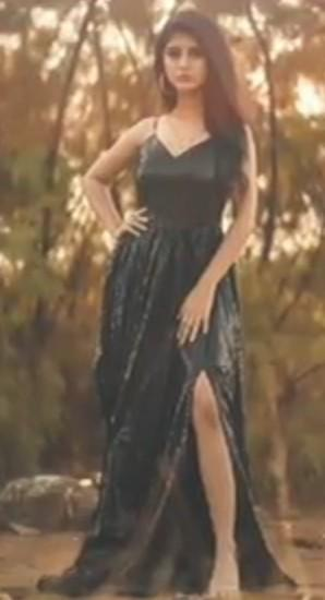 plsssss find out this black  sequin dress similar to arishfa khan is wearing - SeenIt