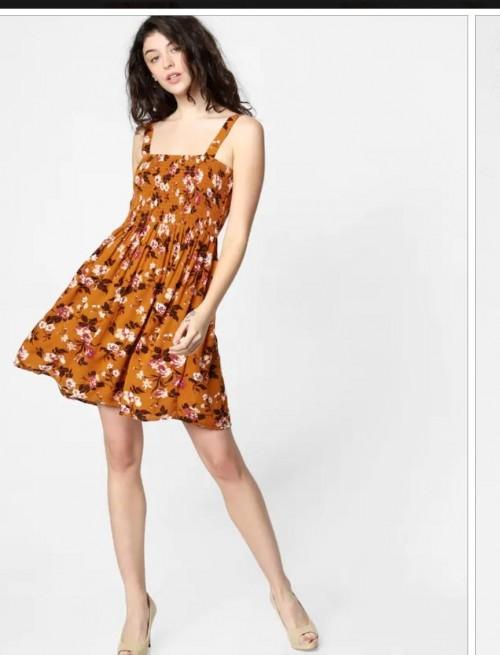 i want similar dress, please help - SeenIt