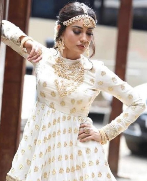 I'm looking for this similar jewelry and outfit which surbhi jyoti wearing - SeenIt