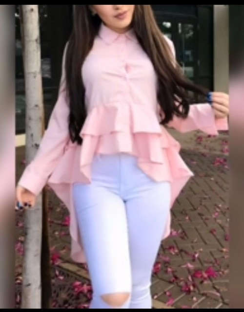 i am looking for same top exact top like her - SeenIt