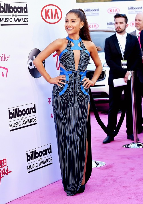 Ariana Grande in a blue cutout Atelier Versace dress at the BBMAs. - SeenIt