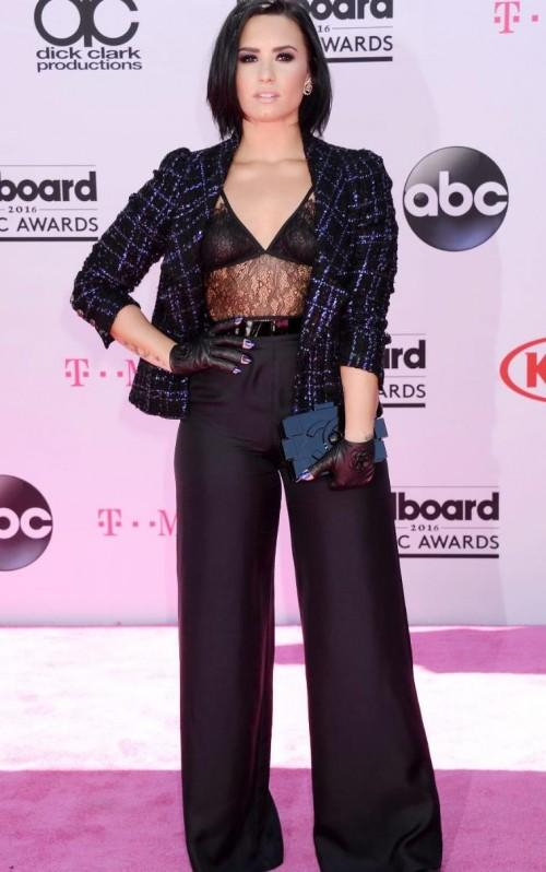 What do you guys think about Demi Lovato wearing a Chanel tayloring piece at the BBMAs???? - SeenIt
