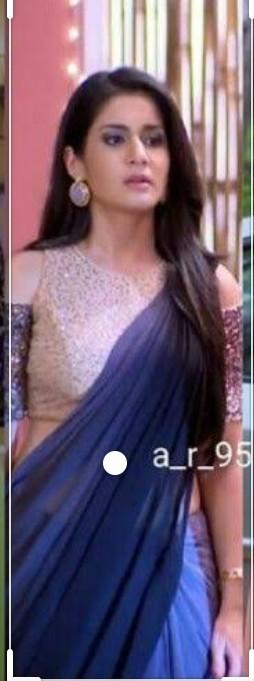 I am looking for smilar saree plzzzzz help me to find out smilar saree - SeenIt