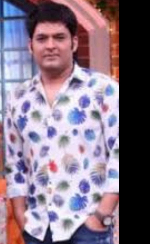 I am looking for the shirt Kapil is wearing in this pic. - SeenIt