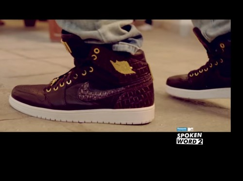 Want the Maroon shoes - SeenIt