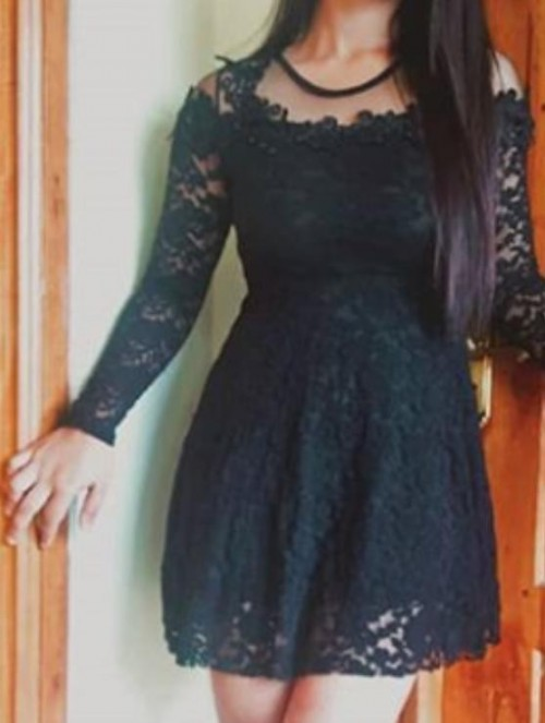 I'm looking for a similar dress like the one I have uploaded - SeenIt