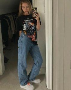girlsss can you help me find same pair of mom jeans and printed tee ( indian websites please ) - SeenIt