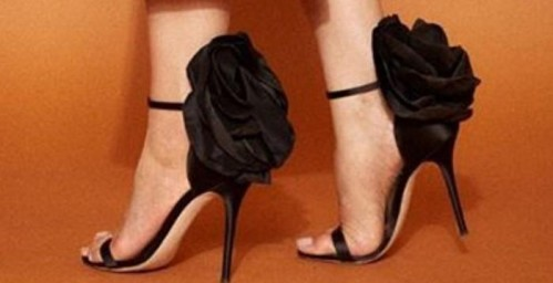 looking for this heels exactly same please please please please please same no changes please - SeenIt