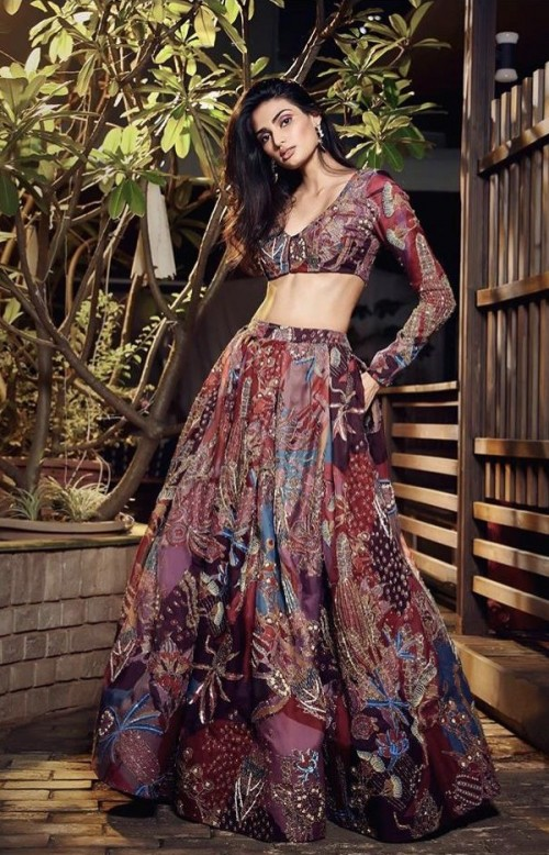 Yay or nay? Athiya Shetty  walks the ramp for Aisha Arora during the digital showcase of Lakme fashion week - SeenIt