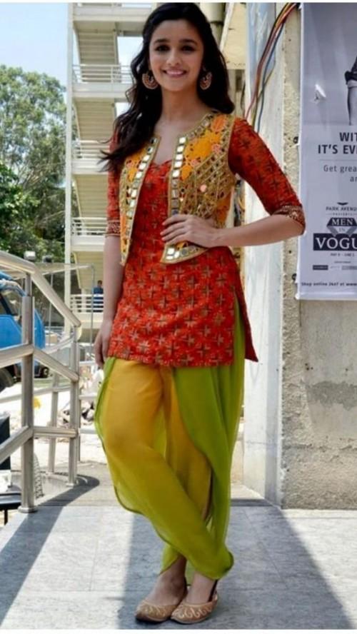 need same dress like alia bhatt - SeenIt