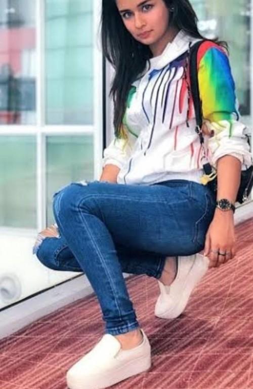 I'm looking for same hoodie and jeans like avneet kaur - SeenIt