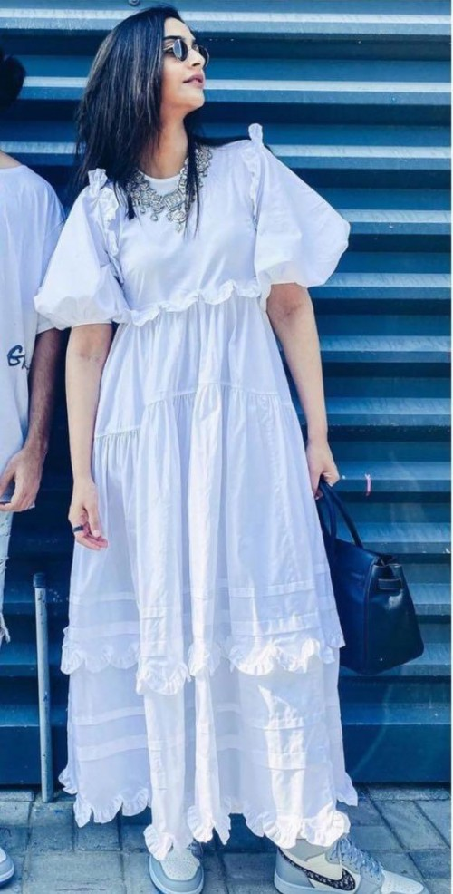 Looking for a simular white dress online - SeenIt