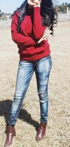 I am looking same outfit and boots which avneet kaur wearing please help to find - SeenIt