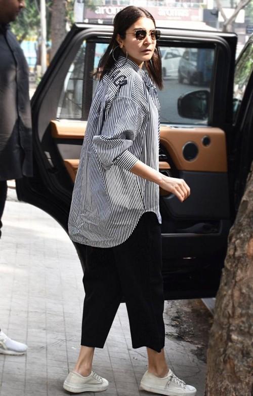 I'm looking for similar shirt like anushka sharma - SeenIt