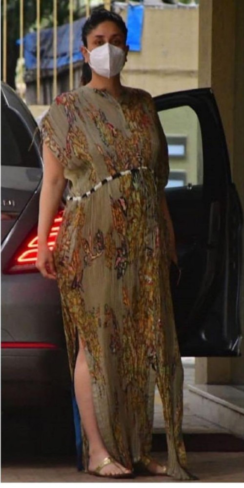 Kareena kapoor's dress please - SeenIt
