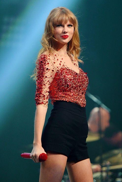 I want same like this which taylor swift is wearing - SeenIt