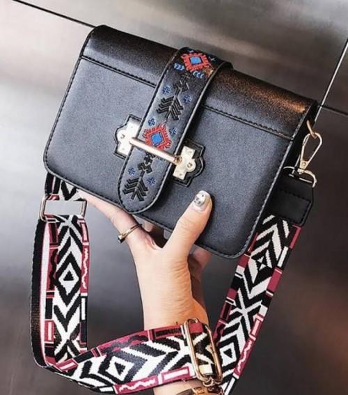 sling bag - SeenIt