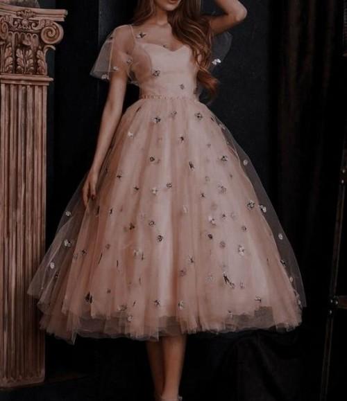 that dress!! - SeenIt