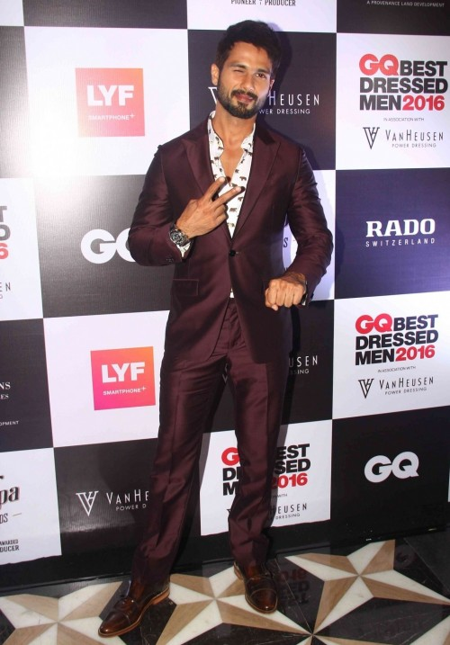 Shahid Kapoor cover star of GQ June issue looked dashing at the event . - SeenIt