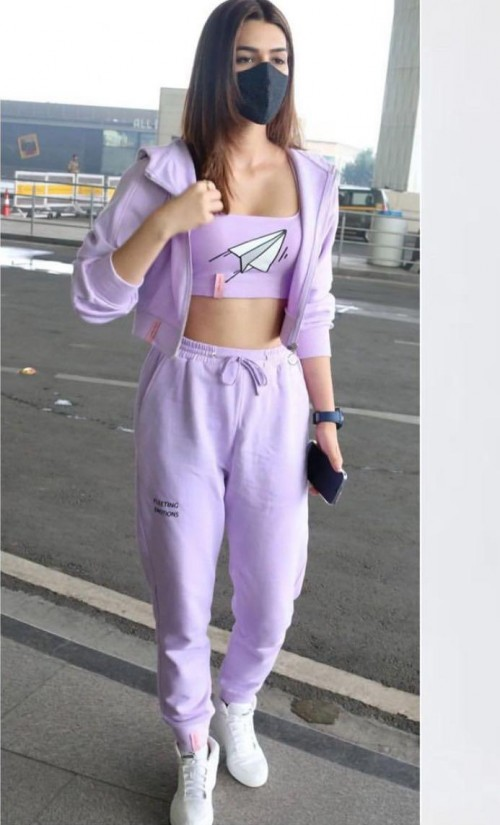 Kriti Sanon's purple tracksuit please - SeenIt