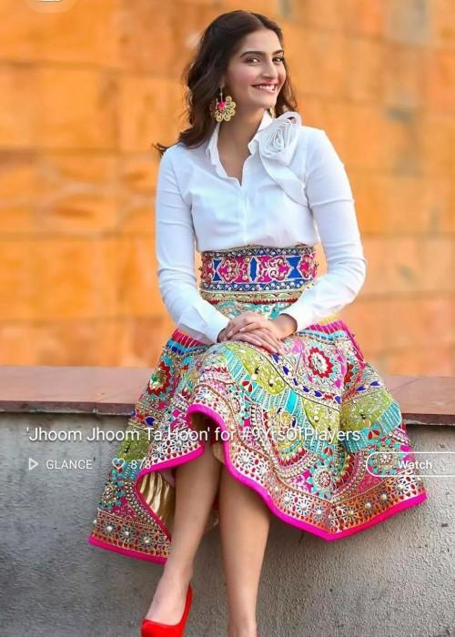 Want sonam kapoors skirt - SeenIt