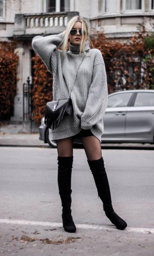 looking for the same oversized sweater. - SeenIt
