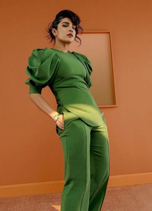 Yay or nay? Priyanka Chopra seen wearing a green outfit for a shoot - SeenIt